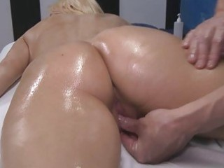 oiled blond with large boobs acquires screwed hard