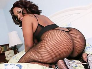 cherise roze - 32 inches of chocolate thunder
