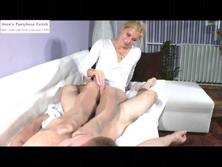 blond female-dominant legjob and cook jerking