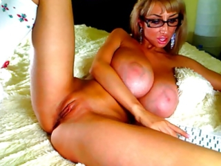 large love bubbles on webcam 1011 - venera-