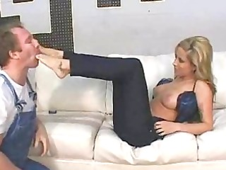 august knight trampling femdom facesitting foot
