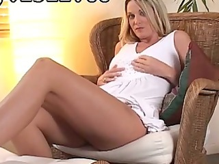 mindblowing novice juvenile lady shows her hawt
