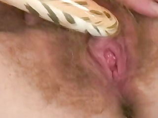 enchanting older hanna acquires off with her pussy