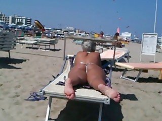large gazoo d like to fuck on the beach