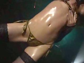 micro bikini oil dance - kaede