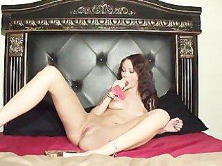 hawt alicia aemisegger copulates her pink sex toy