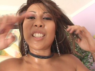 oriental hottie receives a smack of darksome pt