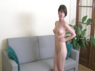 shy princess engulfing rod like pornstar