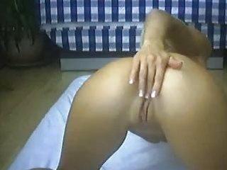 tina on her livecam