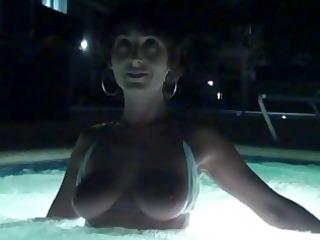hawt tan body mother i