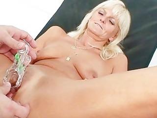 slender golden-haired cougar perverted cookie