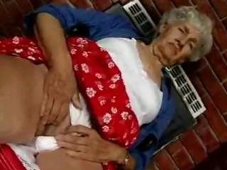 unshaved granny t live without dildos
