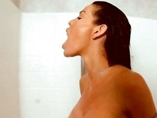 dark brown sexbomb tabitha stevens takes a