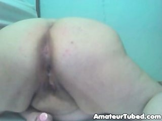 non-professional older big beautiful woman webcam