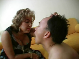 french aged mistresse and her serf