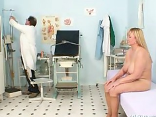 breasty mother i unshaved cunt doctor exam