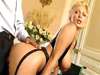 golden-haired d like to fuck in nylons likes