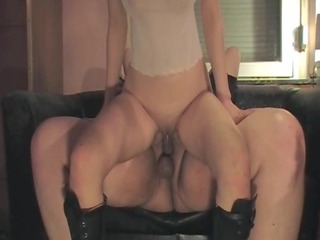 homemade dilettante throating and anal aurah
