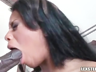 lex steele makes sweetheart scream!