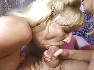 mother and daughter fucking and oral-service