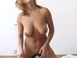 ellen oiled up on sybian