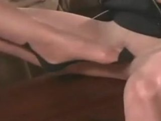 lesbo feet and pantyhose