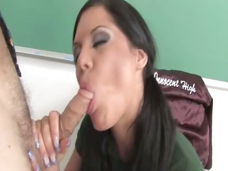 miss student makes a ideal oral stimulation