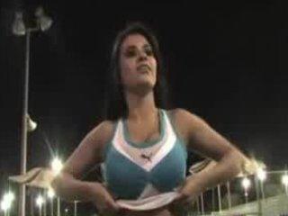 alexa loren flashing at tennis cour