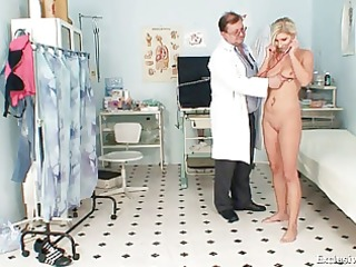 foxy golden-haired hotty leona snatch gyno checkup