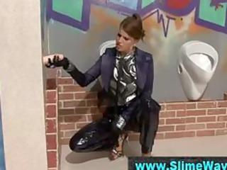 gloryhole shlong angers wam stylish lady