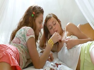 mad estonian lesbian slit eating