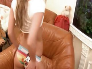 teenager jerk off in the leather chair
