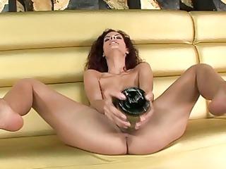 hotties using insertions and masturbating