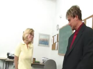 great oral-service with a youthful student