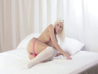 extraordinary blond with unequalled anal