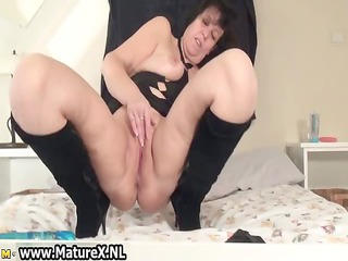 sexually excited aged is gratifying her cunt