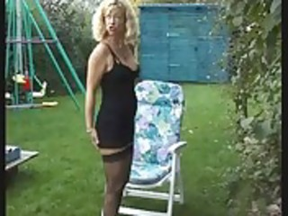Mature Wife piss in garden on her BF - Bea Dumas