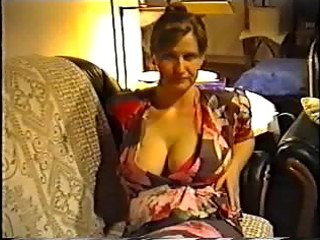 wife flashing large wobblers in a brassiere