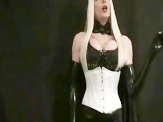 dominant-bitch hiliana smokin afresh