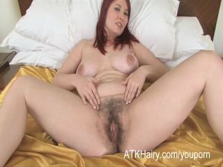breasty alabama is fucking her shaggy snatch with
