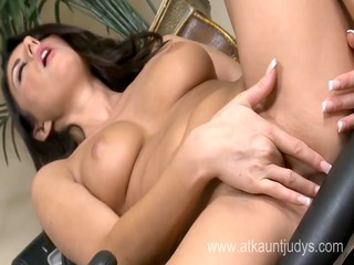 naughty mother id like to fuck nikki daniels is